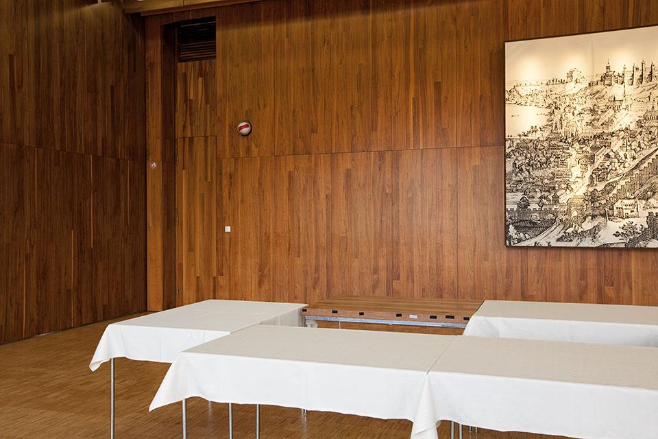 Tschechische Botschaft Berlin, Tisch, 2011